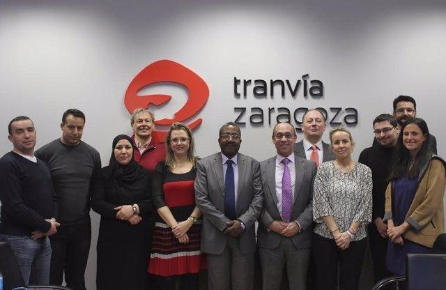 Visita de una delegación de Argel a los Tranvías de Zaragoza
