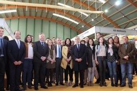 Junta y Diputación de Córdoba respaldan la labor del Salón del Estudiante de Lucena