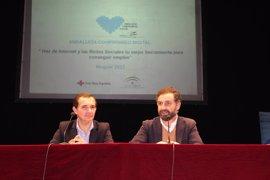 La Junta acerca a estudiantes de Moguer (Huelva) el uso de las nuevas tecnologías para el acceso al mercado laboral