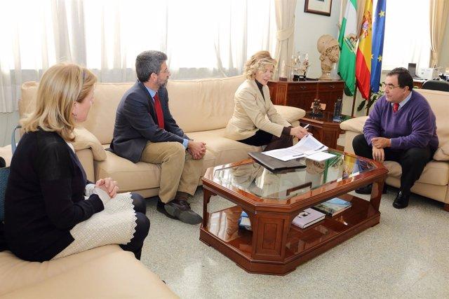 Vicente Guzmán, reunido con el consejo asesor de Civisur