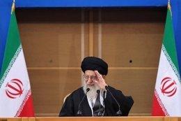 El líder supremo iraní, el ayatolá Jamenei, en una conferencia sobre Palestina