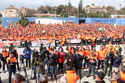 Asamblea de sindicatos internacionales de la estiba en el puerto de Algeciras