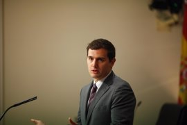 El Gobierno deriva al ministro de Justicia la pregunta de Rivera a la vicepresidenta sobre Cataluña
