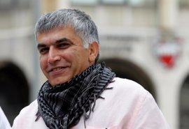 Bahréin aplaza dos juicios contra el destacado activista Nabil Rayab