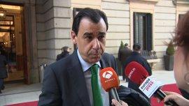 """El PP pide a Cs """"esperar"""" la declaración del presidente murciano, como dice su propia ley anticorrupción"""