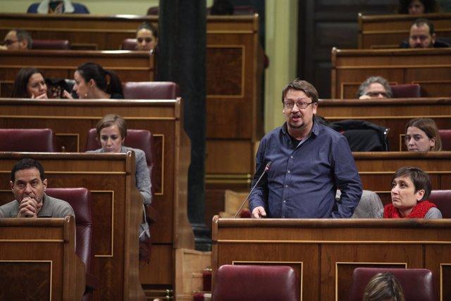 Xavier Domènech en la sesión de control en el Congreso