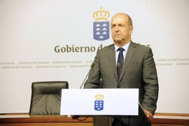 """Canarias espera que Rajoy sea """"fiel"""" al compromiso de aprobar los """"flecos"""" del REF económico"""