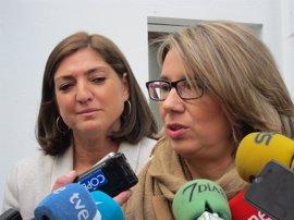 """El PP pide la dimisión de la consejera de Educación y dice que la """"excusa"""" de los PGE en las oposiciones es un """"engaño"""""""