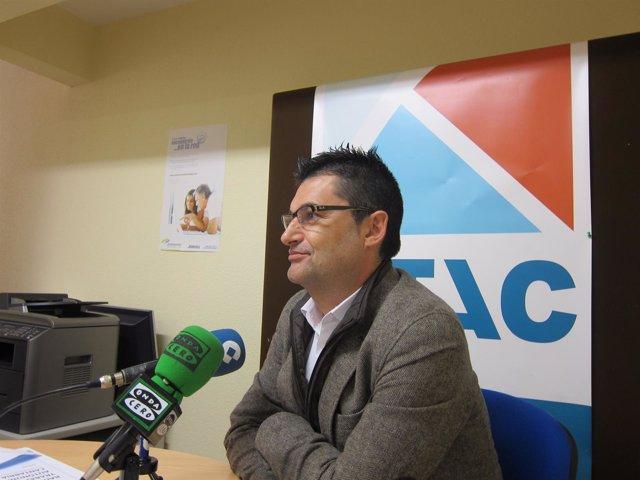 El coordinador de UTAC Eduardo Abad