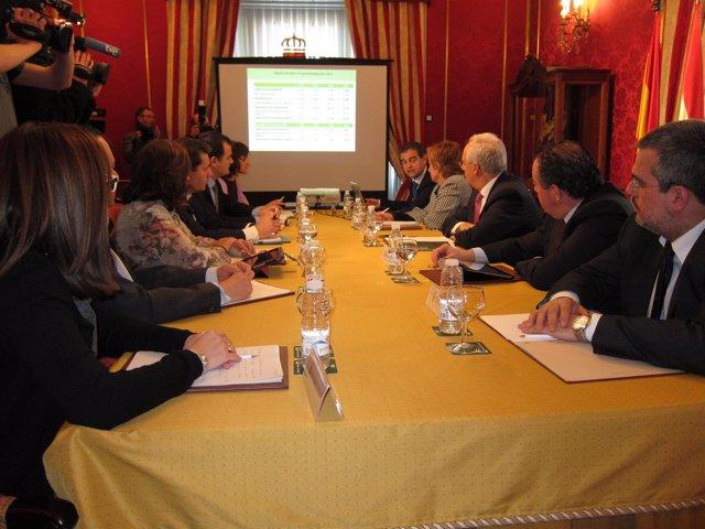Reunión Comisión Interdepartamental que trata el V Plan Riojano de I+D+i
