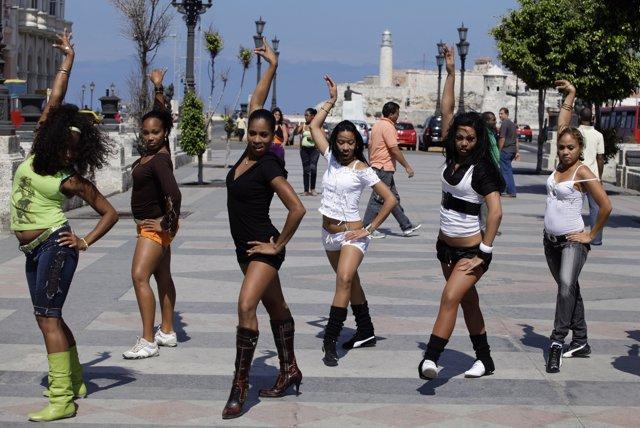 Bailarinas de Salsa, La Habana