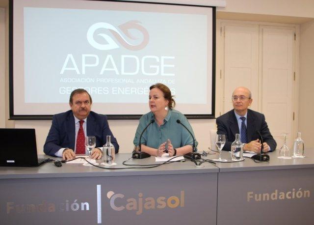 Inauguración de la jornada sobre gestión energética, en la Fundación Cajasol.