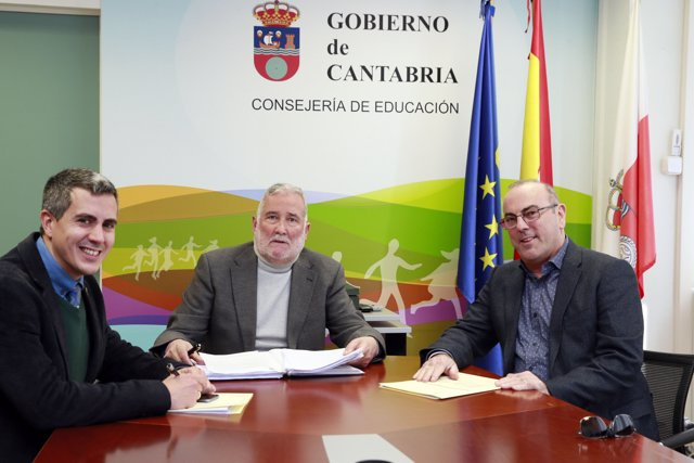 Ramón Ruiz se reúne con el alcalde de Bezana