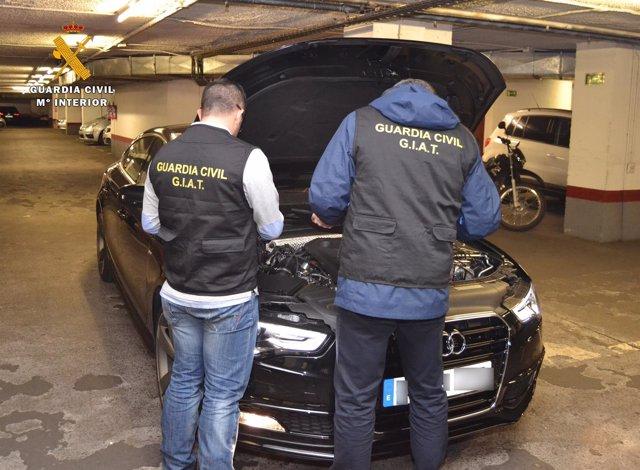 Detenidas 14 personas por fraude en la compra de vehículos