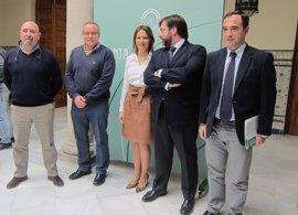 Junta aboga por impulsar la industria en Jaén fortaleciendo y siendo referentes en sectores como el AOVE o el plástico