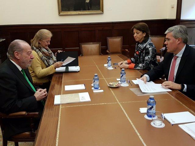 El presidente de la FAMP, reunido con el secretario de Estado de Hacienda