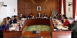 La Junta informará en el próximo Pleno del Parlamento de las ofertas de empleo público