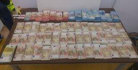 Intervienen 281.000 euros ocultos en un coche en Tarragona