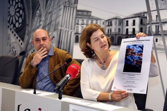 Prensa Aytoleón. Presentación I Encuentro Poetas Latinoamericanos (Foto, Cartel,