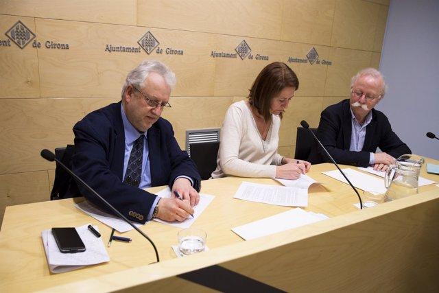 El Ayuntamiento de Girona recibe el fondo documental del Grup Excursionista i Es