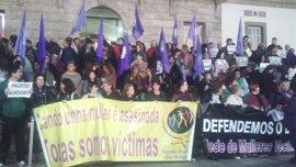 """Más de 300 personas claman en Vigo porque """"el asesinato de María José en Chapela sea el último"""""""