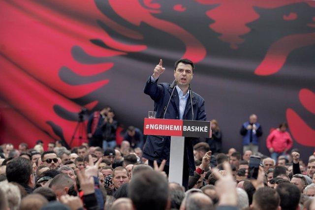El líder de la oposición albana, Lulzim Basha.