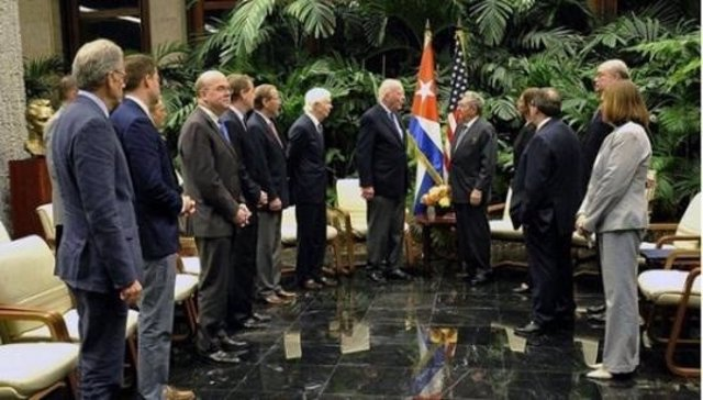Raúl Castro con congresistas de Estados Unidos