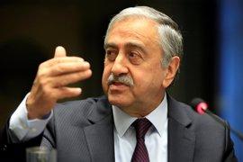 El líder turcochipriota confirma que no acudirá al encuentro de este jueves con Anastasiades