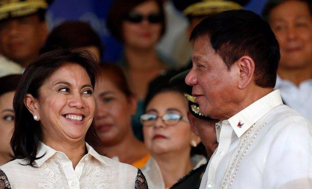 Rodrigo Duterte y la vicepresidenta Leni Robredo