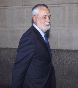 Jose Antonio Griñán tras declarar en los juzgados de Sevilla por el caso ERE