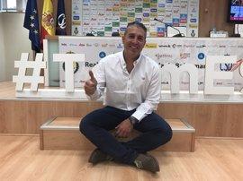 Carlos Viver recoge el testigo de Dueñas al frente de las Guerreras