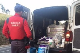 La Policía Foral detiene a tres personas por tráfico de drogas en Pamplona y Burlada