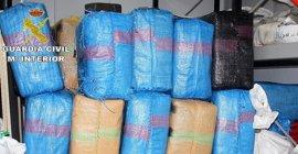 Intervenidas casi tres toneladas de hachís y cinco detenidos en dos operativos desarrollados en Tarifa