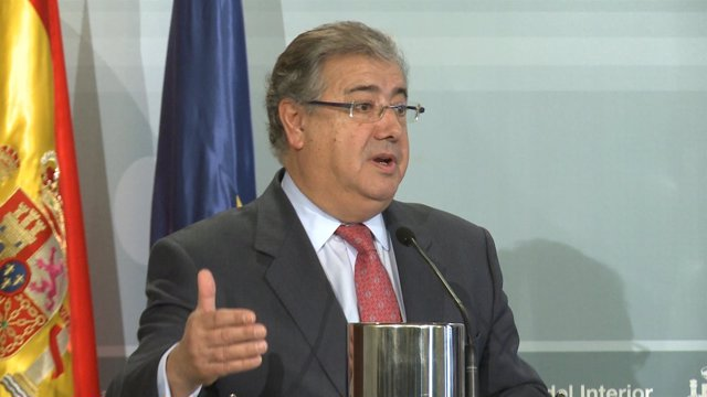 """Zoido define como """"fluida"""" la relación con Marruecos"""