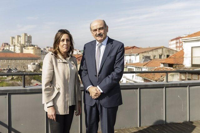 Mazón con alcaldesa Solórzano