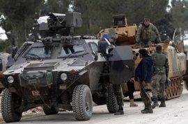 Las fuerzas turcas y el ELS arrebatan a Estado Islámico el centro de Al Bab (Siria)