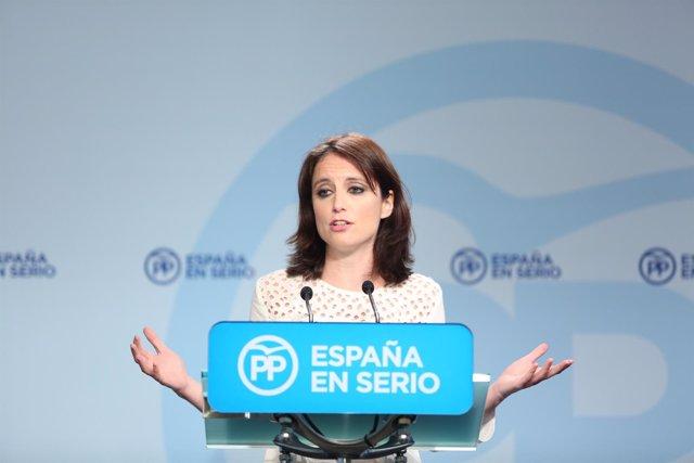 Rueda de prensa de Andrea Levy en la sede del PP