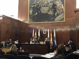 Pleno rechaza ordenanza para regular la prostitución pero aprueba un plan para su erradicación