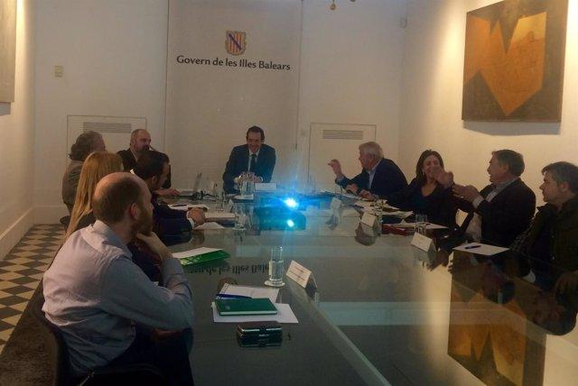Reunión de Marc Pons con agentes económicos y sociales