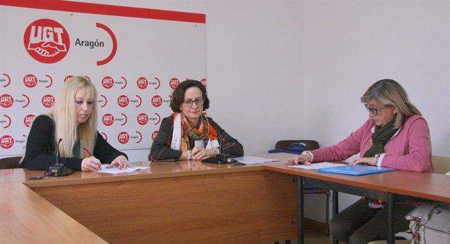 Angélica Mazo, Gracia Álvarez y Branca Enríquez este jueves en Zaragoza.