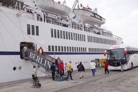 El buque Berlín inaugura la temporada de cruceros en el Puerto de Motril