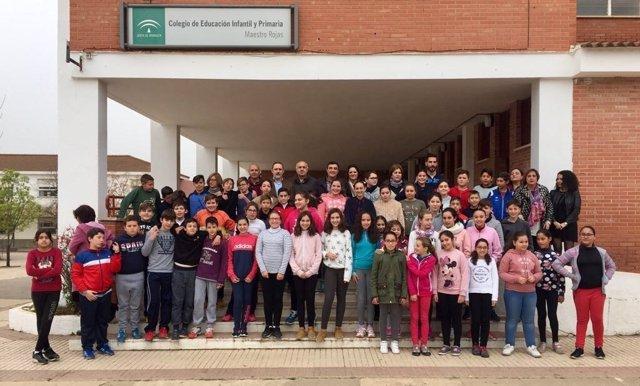Alumos de un colegio de Nerva (Huelva).