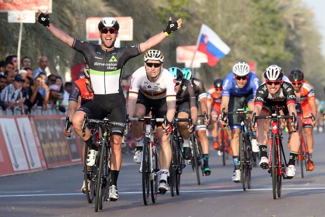 Cavendish gana en Abu Dabi