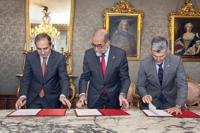 Sánchez-Tabernero, Domínguez y Carlosena