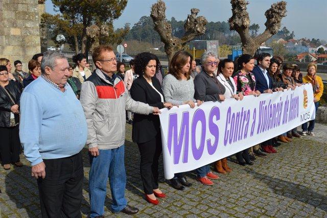 Concentración en Mos por salida de la cárcel del presunto asesino de una vecina