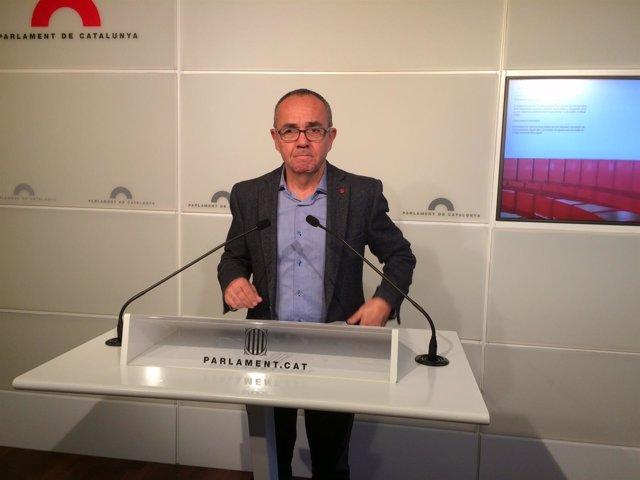 El portavoz de SiQueEsPot en el Parlament, Joan Coscubiela