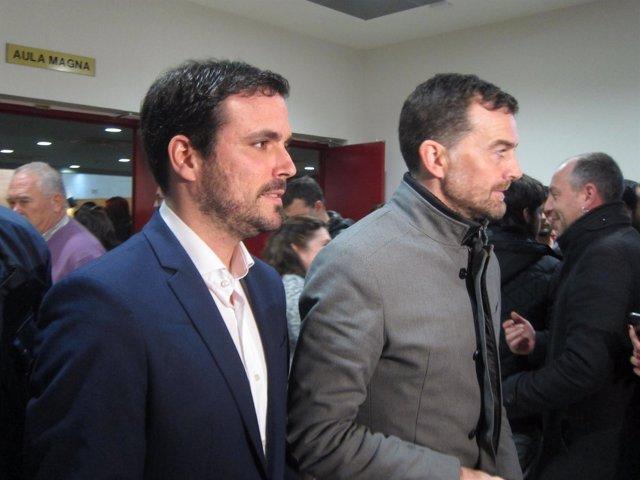 Garzón con Maíllo a su llegada a la UJA