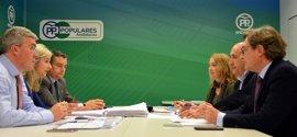 PP-A trabaja en la redacción de la ponencia de Economía y Empleo para su próximo congreso