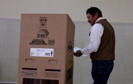 """EEUU aplaude los """"esfuerzos"""" del CNE de Ecuador y el trabajo de los observadores en la jornada electoral"""