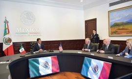 """Peña Nieto ve la visita de Kelly y Tillerson como muestra del """"interés"""" de Trump en una """"relación positiva"""""""
